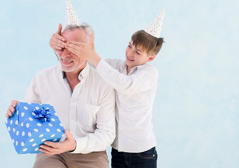 подарък изненада за мъж на 60 от внук