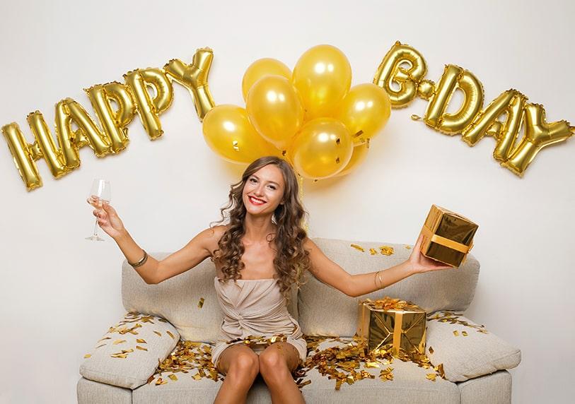 Идеи за подаръци за 20 и 25 годишен рожденик или рожденичка