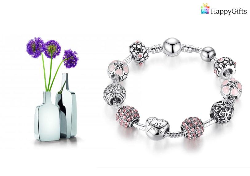 женски подарък за рожден ден, бижу, ваза, цветя