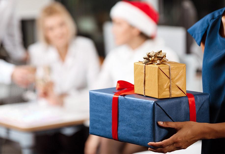 Коледни подаръци за шеф