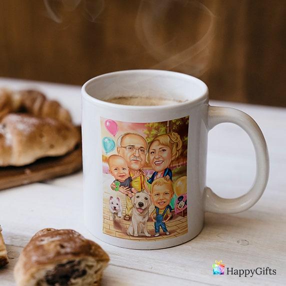 Сантиментални коледни подаръци за баба; чаша със семейна карикатура