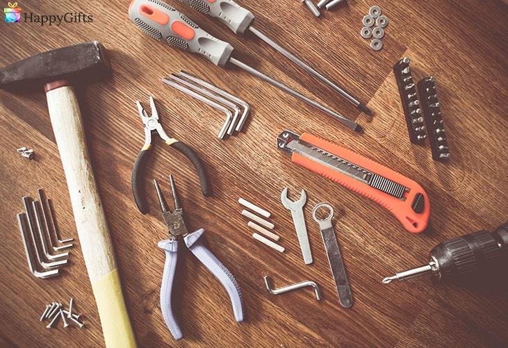 интересни коледни подаръци за бащи; инструменти